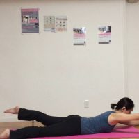 背筋と体幹を引き締めるスイミング